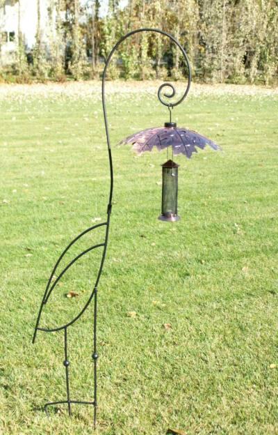 http://www.birdfeedershoppe.com/prodimages/WLNAYHB1inuse.jpg
