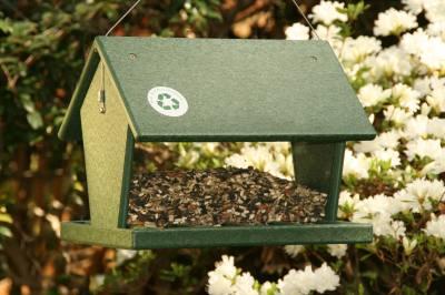 Recycled Hopper Feeder Hunter Green 4 Qt